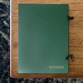 Plethora Magazine 取り扱い開始